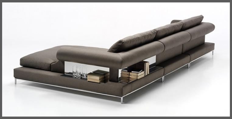 1b_divano con ripiani