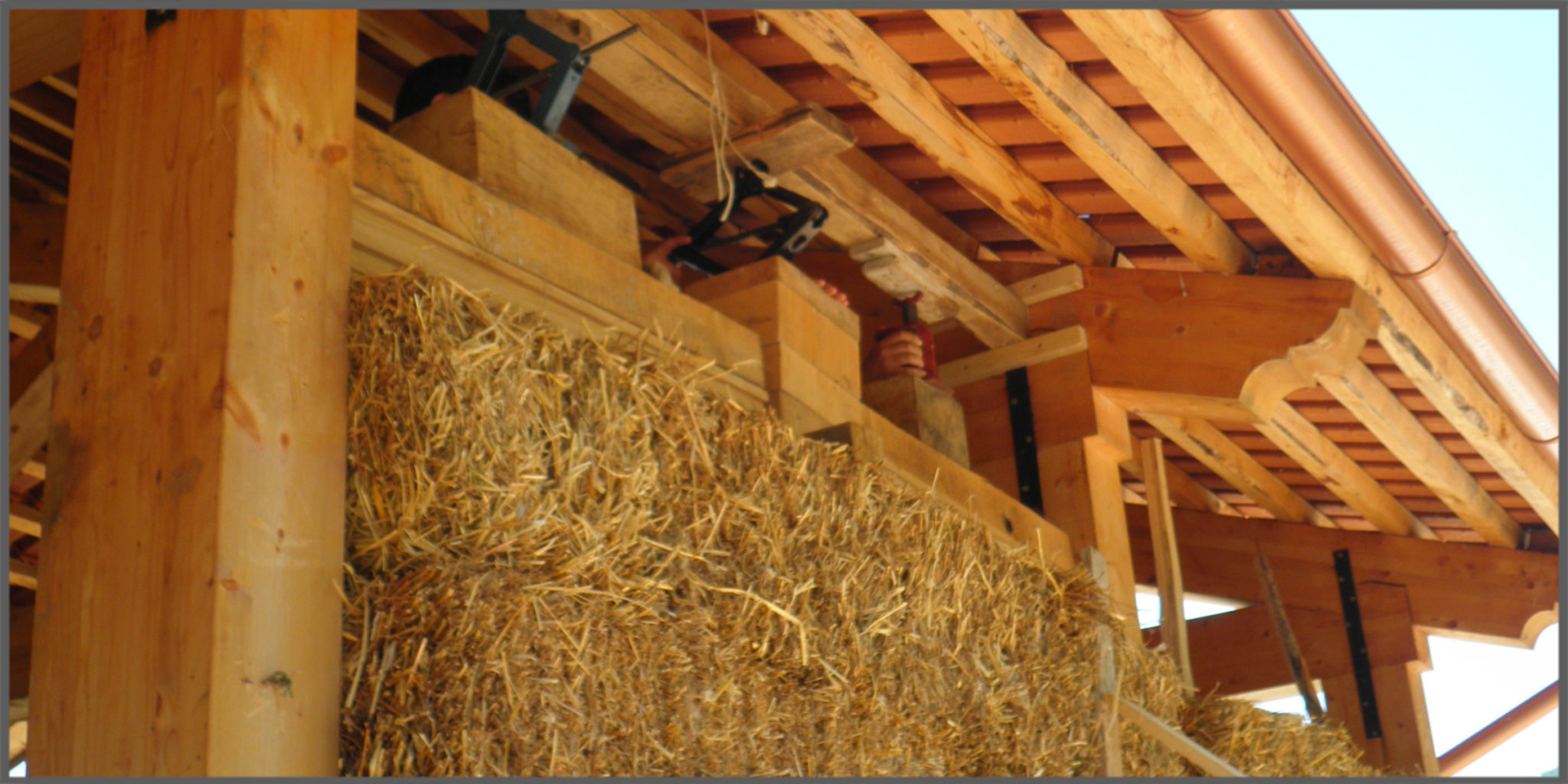 Costruire una casa in paglia sfatiamo il mito dei 3 porcellini progettazione casa - Costruire casa in legno costi ...