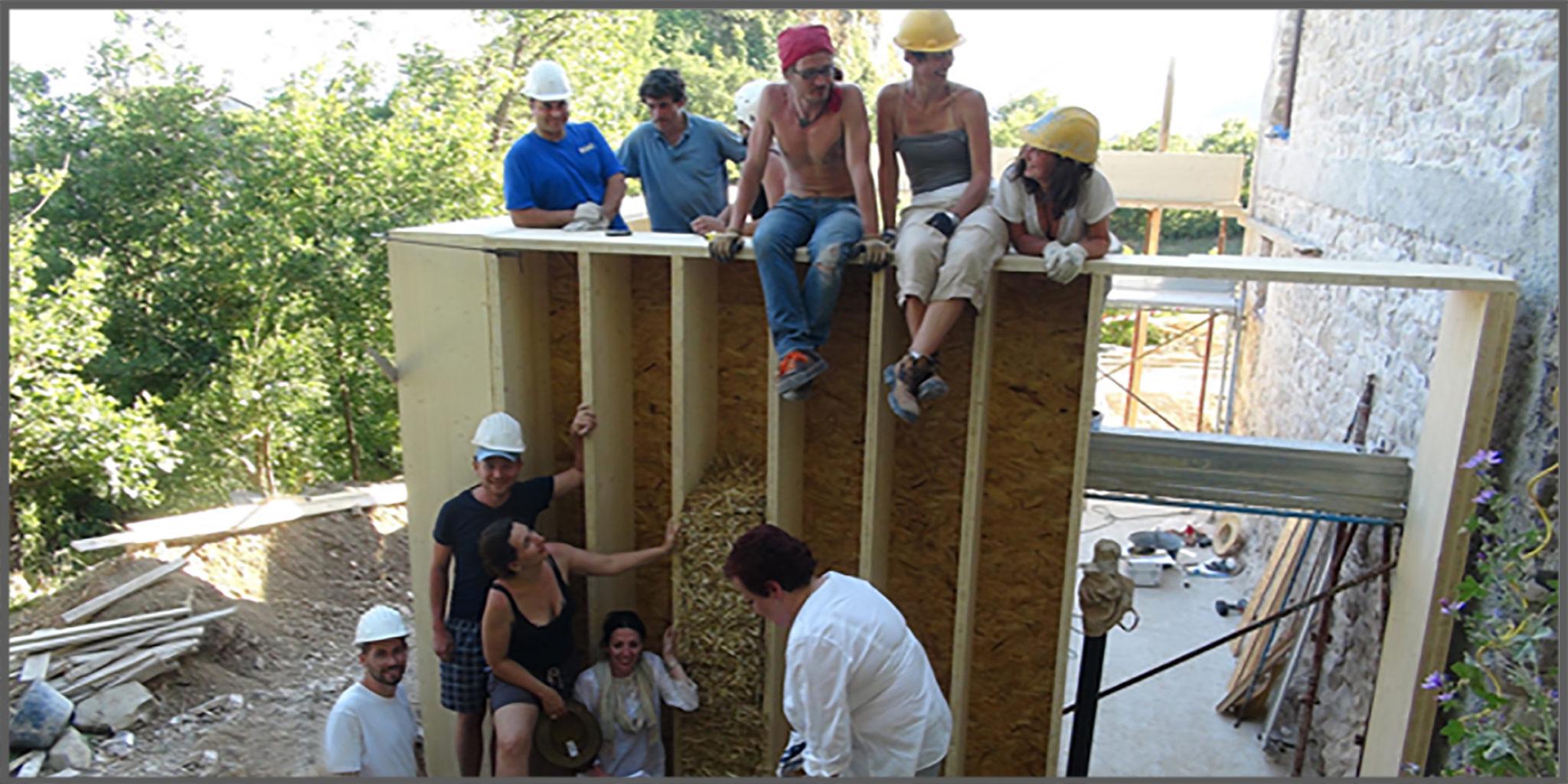 Costruire una casa in paglia sfatiamo il mito dei 3 for Come ottenere un prestito di costruzione per costruire una casa